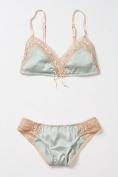 damn you anthropology for making me see beautiful things on pinterest that you dont make anymore
