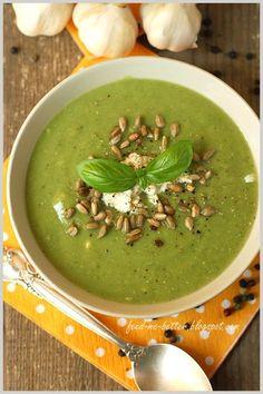 Feed Me Better: Lekki krem brokułowy. Cantaloupe, I Am Awesome, Keto, Fruit, Cooking, Ethnic Recipes, Food, Kitchen, Eten