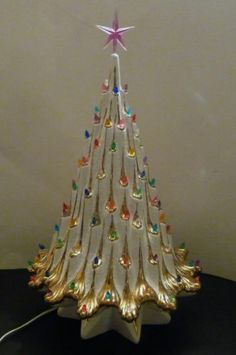 Vintage Lighted Ceramic Christmas Tree with Star Shaped base. Atlantic Mold and Art Deco, Hollywood Regency. Pearl White with Gold accents. Vintage Ceramic Christmas Tree, Vintage Christmas Photos, Vintage Christmas Ornaments, Retro Christmas, Vintage Holiday, Rustic Christmas, Christmas Past, All Things Christmas, Christmas Holidays