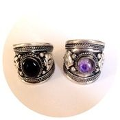 Amulet gemstone silver rings amethyst or onyx Gemstone Jewelry, Class Ring, Amethyst, Chokers, Silver Rings, Sparkle, Girly, Gemstones, Products