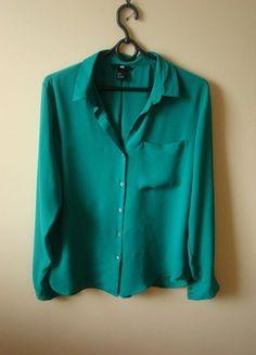 Kup mój przedmiot na #vintedpl http://www.vinted.pl/damska-odziez/bluzki-z-dlugimi-rekawami/10445876-lekka-szmaragdowa-bluzeczka-hm