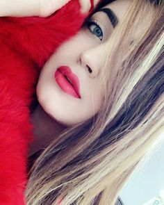 Uploaded by 😘Aleena😘. Find images and videos about awesome, pics and cute girl on We Heart It - the app to get lost in what you love. Beautiful Girl Photo, Cute Girl Photo, Beautiful Girl Image, Stylish Girls Photos, Stylish Girl Pic, Cute Girl Poses, Girl Photo Poses, Beauty Full Girl, Cute Beauty