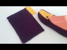 Alle Neuen : Very Easy Two Skewers maken (laarsjes met alfabet) Crochet Slipper Pattern, Knit Crochet, Flip Flop Socks, Contemporary Embroidery, Sunflower Tattoo Design, Sewing Projects For Beginners, Baby Knitting Patterns, Skewers, Knitting Socks
