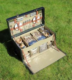 Vintage  c. 1920's   leather cloth fold fronted 4 person picnic set  by Coracle