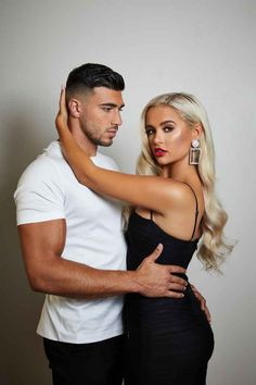 """Tommy Fury gushes over 'effortless' romance with Love Island girlfriend Molly-Mae Hague and says pair are getting """"stronger and stronger"""" every hour Classy Couple, Blonde Hair Looks, Amazing Girlfriend, Love Island, Love Photos, Couple Posing, Celebs, Celebrities, Celebrity Couples"""
