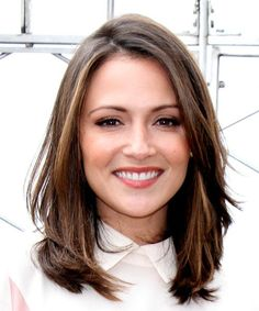 Italia Ricci Medium Straight Hairstyle - Medium Brunette