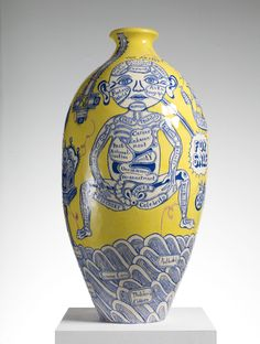 Rosetta Vase - Grayson Perry ... This vase looks so creative