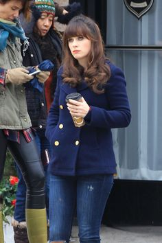 Zooey Deschanel - Filming a new Episode of the Hit FOX TV Show
