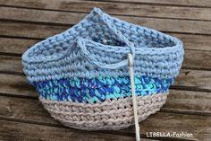 Klammerbeutel aus Shirtgarn / Basket for pegs made from shirt yarn / Upcycling