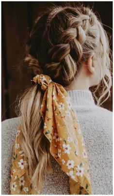 21 pretty ways to wear a scarf in your hair, easy hairstyle with scarf , hairsty. 21 pretty ways to wear a scarf in your hair, easy hairstyle with scarf , hairstyles for really hot weather braid ideas for summer Aesthetic Hair, Aesthetic Makeup, Scarf Hairstyles, Hairstyle Ideas, Wedding Hairstyles, Winter Hairstyles, Natural Hairstyles, Festival Hairstyles, Easy Braided Hairstyles