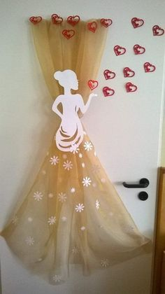 Discover recipes, home ideas, style inspiration and other ideas to try. Kids Crafts, Diy Arts And Crafts, Paper Crafts, School Decorations, Birthday Decorations, Diy Niños Manualidades, Ballerina Birthday, Mothers Day Crafts, Holidays And Events