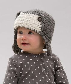 Little Lindy's Aviator Hat | How cute is this crochet baby hat?!? Your little one will be ready for any adventure with this cute accessory.