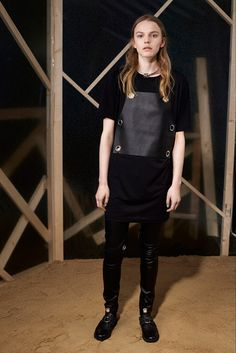 I'm noticing a trend of leather/patent leather insets/pockets/patches and grommets ini the PreFall collections (MM6 Maison Martin Margiela - Pre-Fall 2015 - Look 5 of 24)