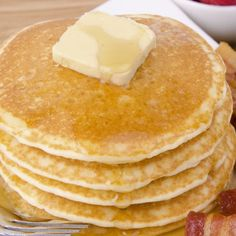 FREEBIE INGREDIENTS: 1/2 cup flaxseed flour 1 cup unsweetened almond milk 4 egg whites 1 tsp. baking powder 2 Tbsp. almond butter butter DIRECTIONS: Stir together all ingredients in a bowl (minus butter) until well combined. Pour desired amount into a greased, preheated skillet. Flip once. Serve with butter, if desired.  NOTE: You can …