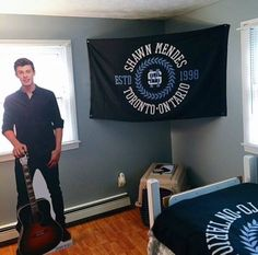 Woah Shawn Mendes room