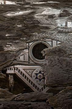 """""""Scolpita nella Roccia""""  - Santa Croce - Riflesso"""