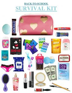 Some little goodies that ALL high school girls should keep in their locker or backpack. This kit is PERFECT for Back To School. The items in here range from pens and pencils to cute Mickey Mouse band-aids, all things that could be a complete lifesaver. Middle School Supplies, Middle School Hacks, High School Hacks, School Kit, Life Hacks For School, Diy School Supplies, High School Girls, Middle School Makeup, School Supplies Highschool