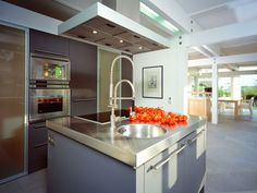 StilArt - Moulded counter and sink, aluminium.
