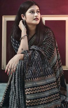 Young And The Reckless, Beautiful Housewife, Saree Fashion, Saree Styles, Beautiful Saree, Girls Image, Desi, Beauty, Beauty Illustration