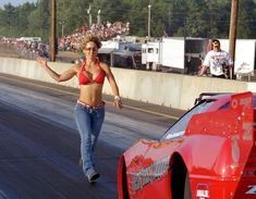 Back up girls - Page 3 - Yellow Bullet Forums Nhra Drag Racing, Auto Racing, Back Up, Drag Bike, Drag Cars, Girl Pictures, Girl Pics, Car Humor, Car Girls