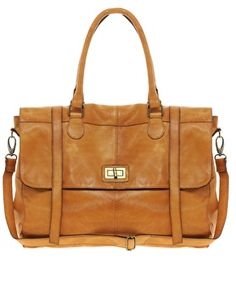 Buy Pieces Beam Leather Travel Bag at ASOS. With free delivery and return options (Ts&Cs apply), online shopping has never been so easy. Get the latest trends with ASOS now. Latest Fashion Clothes, Fashion Bags, Womens Fashion, Cool Sunglasses, My Bags, On Shoes, Purses And Handbags, Travel Bags, Bag Accessories