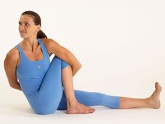 There are actually many advantages for you when practicing yoga on a regular basis. It will definitely offer you far better health and wellness and most essentially, keep healthy body weight. Yoga Inspiration, Fitness Inspiration, Yoga Sculpt, Basic Yoga, Yoga Positions, Yoga Moves, Yoga Routine, Yoga Fashion, Pilates Workout