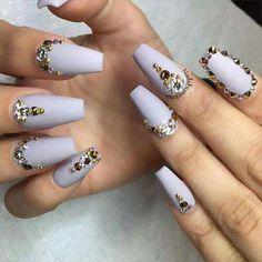 Nails tigresses