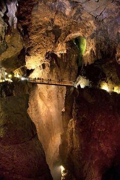 Slovenija Cave