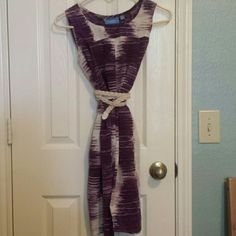 Purple and cream dress  Sleeveless purple and cream dress. Belt not included. Make an offer! 25% off bundles of two or more items! Simply Vera Vera Wang Dresses