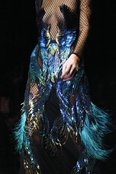 Gucci-Fall-Winter-2013-blue-couture