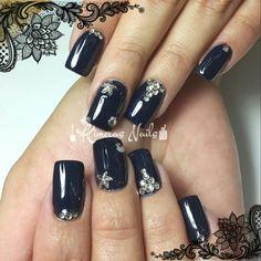 Diseños descembrinos  💅🎄❄⛄👌👑😍💄💋  #kimerasnails #nails #uñas #acrylicnails #nude #sculturenails #prettynails #naturalnails #glitter #acrilicodecolor #naildesign #silk #AcrilicosAtacantes #ManoAlzada #3d #3dnails #YoSoyFantasyNails #laquerpro #makeup #christmas