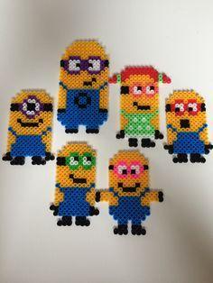 Höstpyssel. Fuse Bead Patterns, Beading Patterns, Perler Beads, Minions, Pixel Beads, Fusion Beads, Pixel Art, Crafts To Make, Cross Stitch