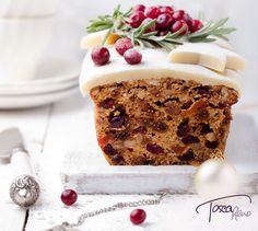 Tosca Reno's #12daysofgiving Day 2: Deeply Delicious Dark Fruitcake recipe