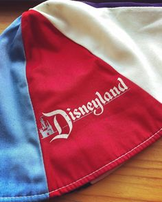 5e1fc3a4896 Vintage Disneyland Bucket Hat One Size Red White Pink Souvenir