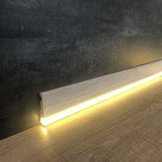 LED / light skirting boards - the mega trend! LED / light skirting boards – the mega trend! Living Room Lighting, Wall Sconce Lighting, Strip Lighting, Home Lighting, Modern Lighting, Neon Lights Photography, Hidden Lighting, Led Stripes, Ceiling Light Design