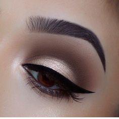 natural makeup - - natural makeup Beauty Makeup Hacks Ideas Wedding Makeup Looks for Women Makeup Tips Prom Makeup ideas Cu. Shimmer Eye Makeup, Smokey Eye Makeup, Skin Makeup, Eyeshadow Makeup, Eyeshadows, Sexy Eye Makeup, Makeup Goals, Makeup Inspo, Makeup Tips