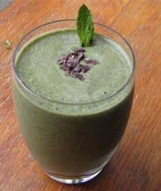 Mint Chocolate Chip Green Smoothie- vegan, low carb option