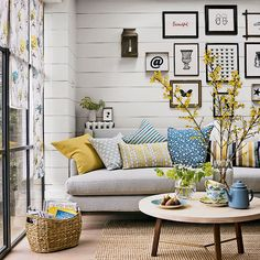 69 Fabulous Gray Living Room Designs To Inspire You  Living Room Pleasing Yellow Living Rooms 2018