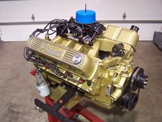 The were terrible for diesel-engine lovers, but Alan Hood of Hood Performance has repurposed this diesel Oldsmobile engine block to make a far more interesting project. Engine Block, Car Engine, Dirt Track Racing, Drag Racing, Crate Motors, Oldsmobile 442, Race Engines, Muscle Cars, Annie