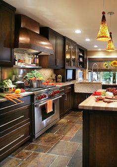 New kitchen remodel brown cabinets butcher blocks Ideas Luxury Kitchen Design, Best Kitchen Designs, Luxury Kitchens, Home Kitchens, Modern Kitchens, Dark Brown Cabinets, Dark Kitchen Cabinets, Cherry Wood Cabinets, Home Decor Kitchen
