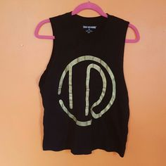 True religion boyfriend muscle shirt Black girls muscle tank True Religion Tops Tank Tops