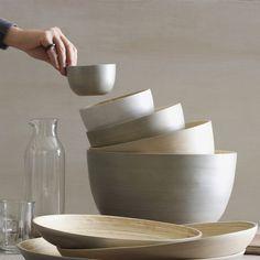 nesting bowls .
