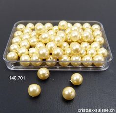 Nacre - Perle de Coquillage enduit jaune pastel doré, boule percée 6 mm