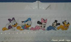 Minnie Baby, Disney Cross Stitch Patterns, Kids Nutrition, Toy Chest, Diy And Crafts, Kids Rugs, Baby Shower, Angles, Home Decor