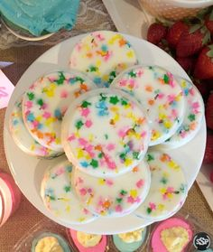 Chocolate Covered Oreos perfect for the theme! | Pink or Blue? Baby, What are ewe? | Lamb inspired pink & blue gender reveal party ideas! Works great for baby shower ideas too!