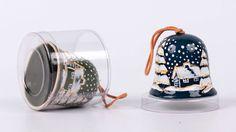 Dzwonki ceramiczne z motywem bożonarodzeniowym,  śr.6,5cm x wys.5,5cm. Szkliwienie i zdobienie ręczne.