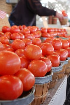 farmer's market tomatoes....nothin' quite like them except when your garden has ripe tomatoes that are ready!!
