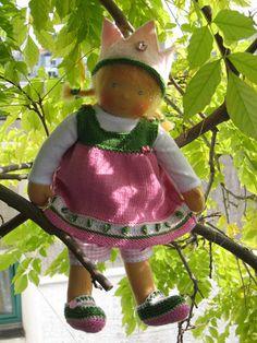 Pinafore dress Rosalie, PDF knitting pattern for Waldorf dolls