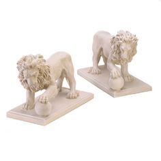 Regal Lion Statue Duo Outdoor Indoor Poly Resin Tabletop Stylish Decoration