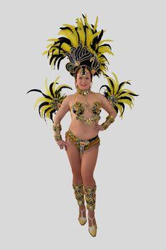 "New collection. ""Black Gold"" costume. Don't hesitate to ask me. #sambacostume #samba #sambabrasil #sambabikini #bikinidesamba #bra #bellydance #burlesque #cabaret #costumedesamba 10 items: 1 headpiece 2 Pcs Wristbands 1 necklace 1 Waistband 1 Bra 2 Hand pieces 2 Cuffs  Please, for detailed information, please contact us in private message."